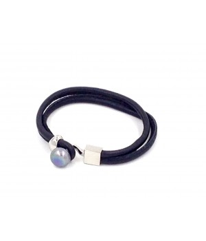 "7.5"" 4mm black leather with black button fwp stainless steel clasp"